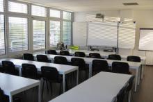 Unterrichtsraum UR-2 mit interaktivem Board