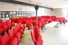 Jede Woche Freitags-Präsentationen mit echten Aufgaben von echten Kunden - im imk-Kinosaal